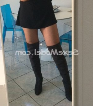 Talhia lovesita escorte massage