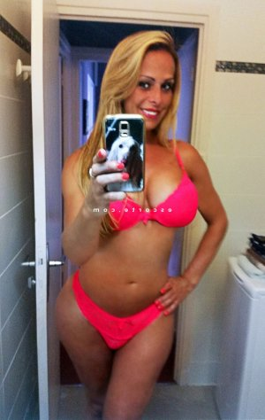 Gurbet lovesita escort girl massage sexe à Joinville-le-Pont
